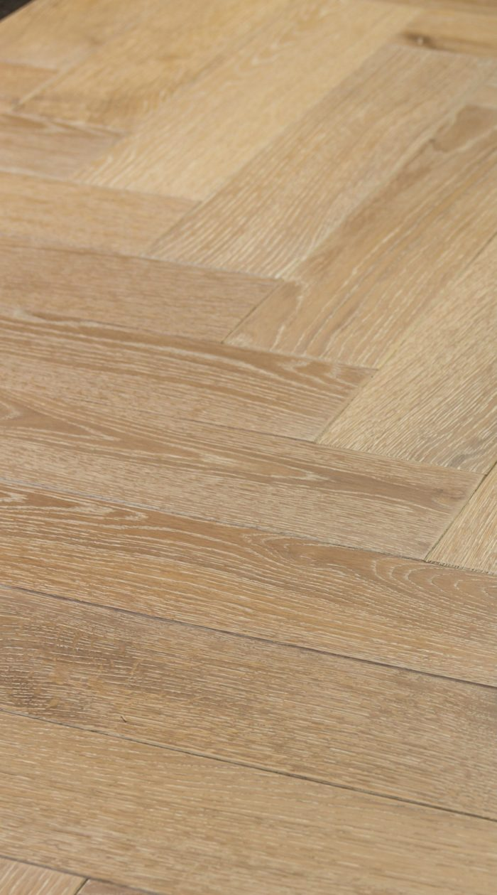 Secret: SP2 - Oak Rustic Stained, Brushed & Hardwax Oiled (15/4 x 90mm)-0
